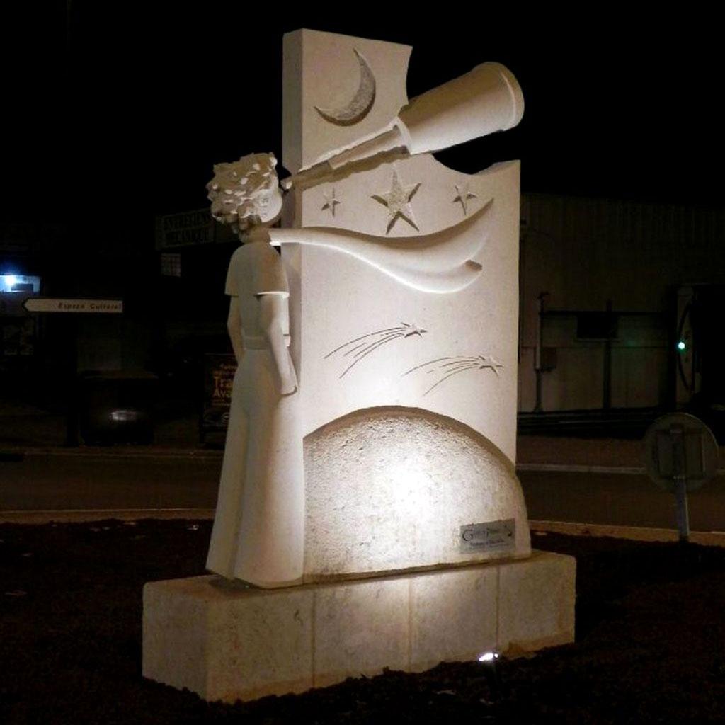Sculpture en pierre pour parc et jardin