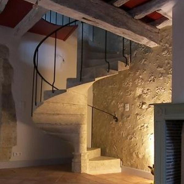 Escalier En Colimacon A Fleurance